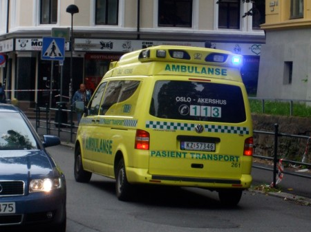Ambulance on Møllergata heading to the Oslo blast site